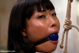 adroable asian slut spanked