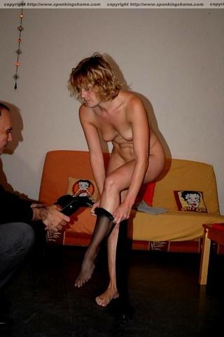 attractive chica stripped desnudas