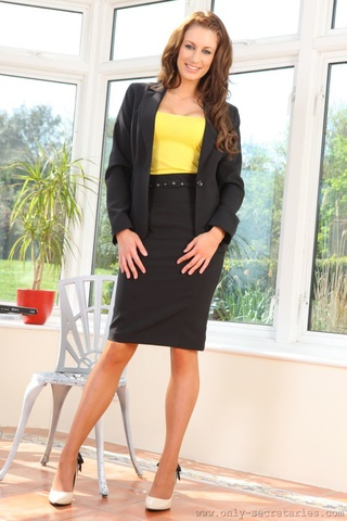 smart secretary naughty removes