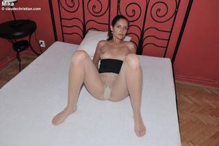 sexy babe dana shower