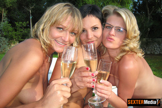 nasty xxx pics lesbians
