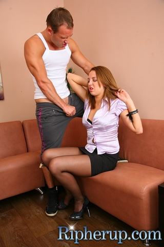 deliveryman fucks hot secretary